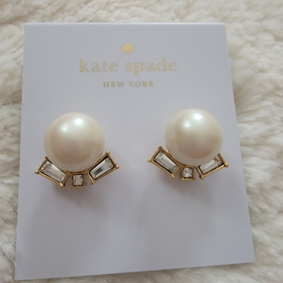 SOLD NWT Kate Spade Gold Earrings with Pearls